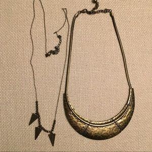 Forever 21 necklace bundle EUC